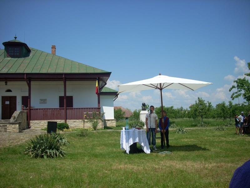 """""""ACASĂ LA FAMILIA NEGRUZZI""""- Muzeul """"C. Negruzzi"""" din Hermeziu, comuna Trifeşti-duminica 22 mai 2011 Hermez94"""