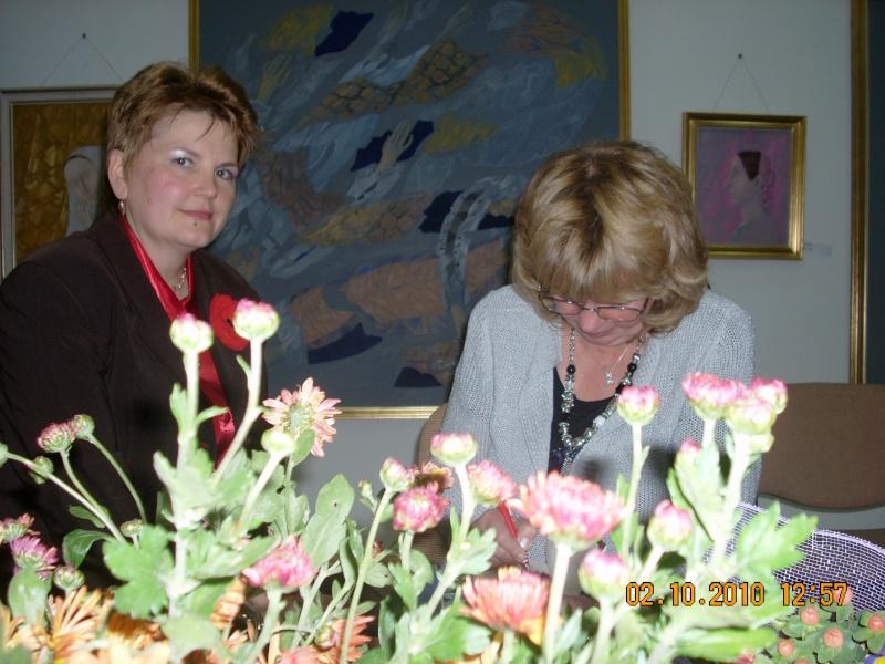 Maria Elena Cuşnir-Lansare de carte-2 Octombrie 2010 Lansar17