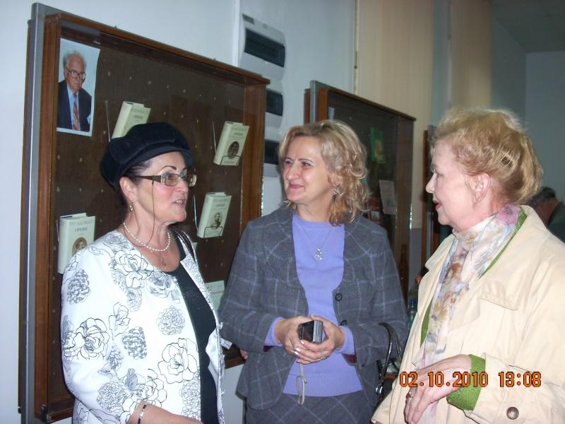 Maria Elena Cuşnir-Lansare de carte-2 Octombrie 2010 Lansar23