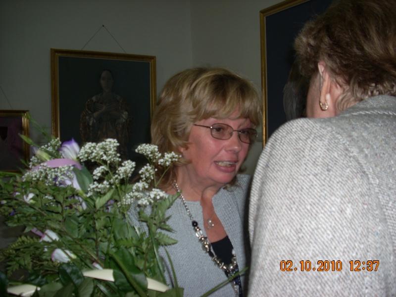 Maria Elena Cuşnir-Lansare de carte-2 Octombrie 2010 Lansar28