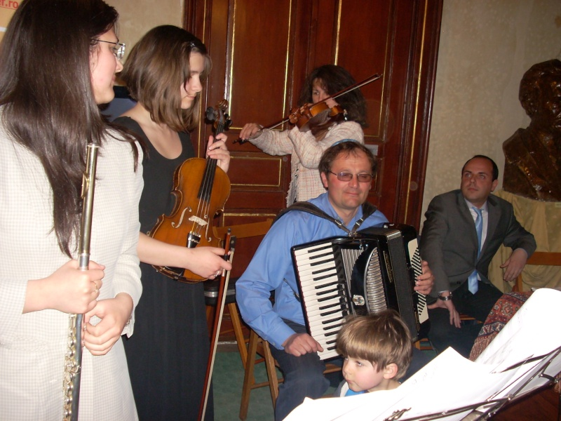 """SEARĂ CULTURALĂ """"ISRAEL'63""""-10 mai 2011 Lansar47"""