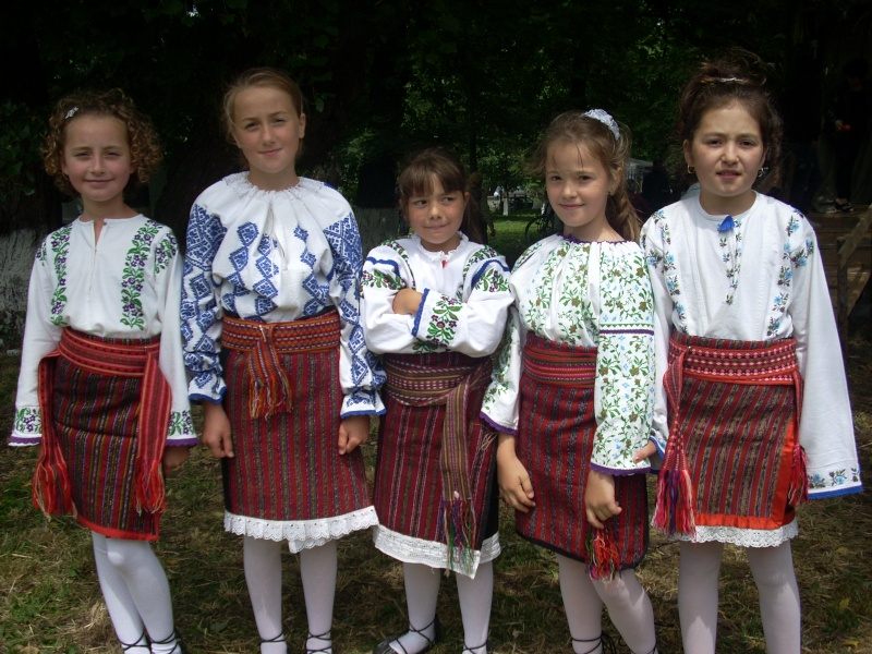 Manifestari culturale dedicate poetului Vasile Alecsandri-26 iunie 2011-Mircesti Mirces11