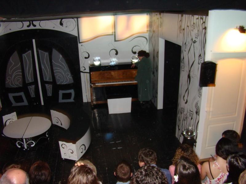 """N.O.R.A - Adaptare după """"O casă de păpuşi"""" de Henrik Ibsen-20 mai 2011 Nora_011"""