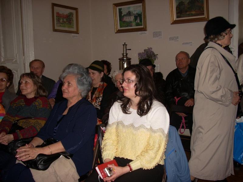 """""""Sărbătoarea liliacului"""", ediţia a XX-a- 7 mai 2011 Sadov105"""