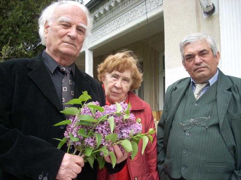 """""""Sărbătoarea liliacului"""", ediţia a XX-a- 7 mai 2011 Sadove85"""