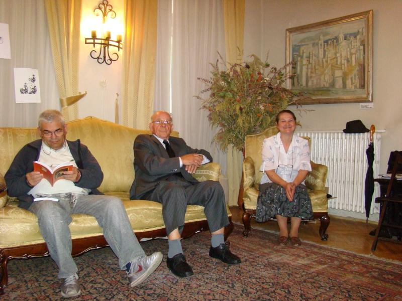 14 mai 2011-sedinta a XIII-a a Cenaclului U.P.-Lansare de carte-Elena Olariu Sedint12