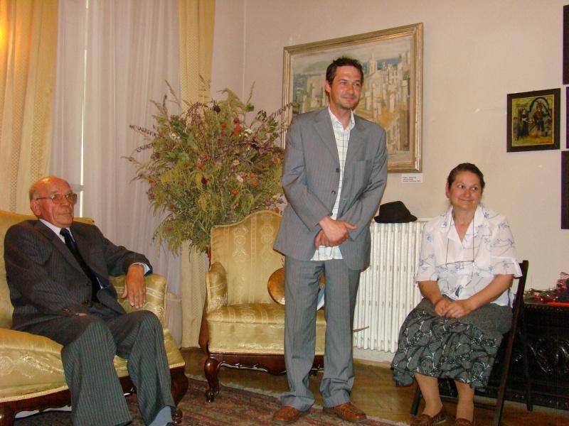 14 mai 2011-sedinta a XIII-a a Cenaclului U.P.-Lansare de carte-Elena Olariu Sedint15