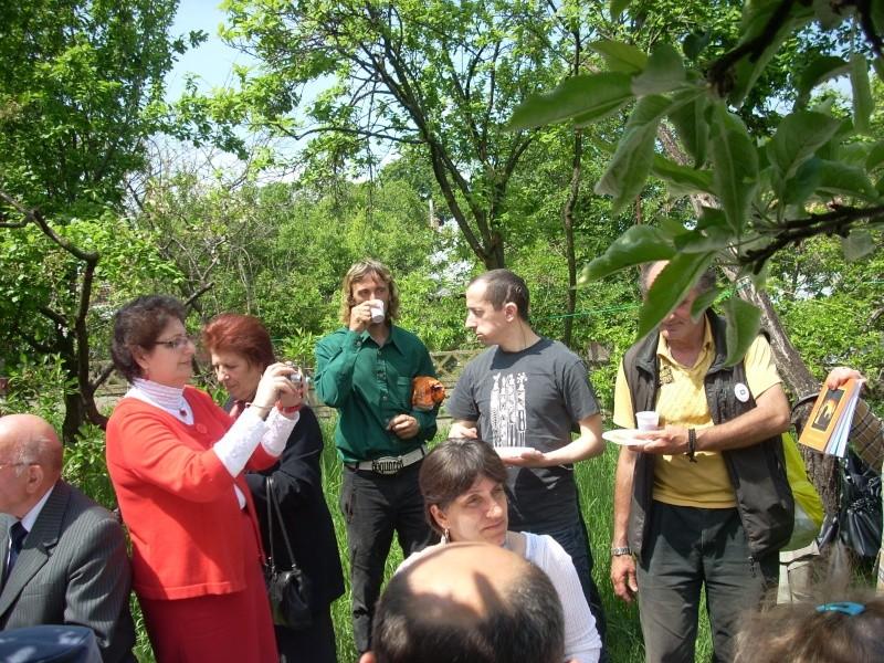 14 mai 2011-sedinta a XIII-a a Cenaclului U.P.-Lansare de carte-Elena Olariu Sedint39