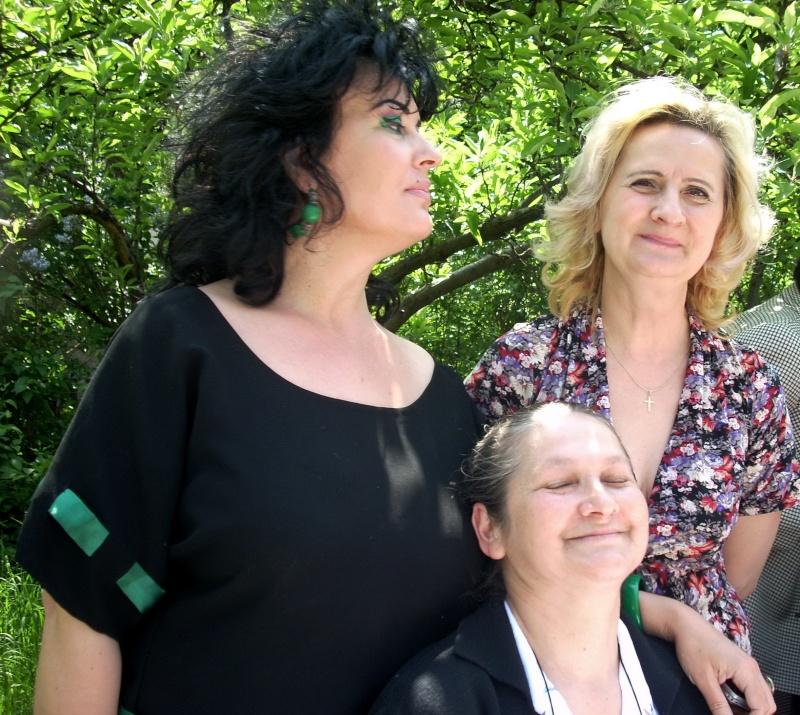 14 mai 2011-sedinta a XIII-a a Cenaclului U.P.-Lansare de carte-Elena Olariu Sedint40