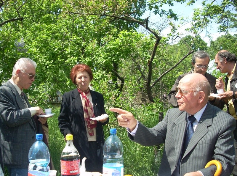 14 mai 2011-sedinta a XIII-a a Cenaclului U.P.-Lansare de carte-Elena Olariu Sedint43