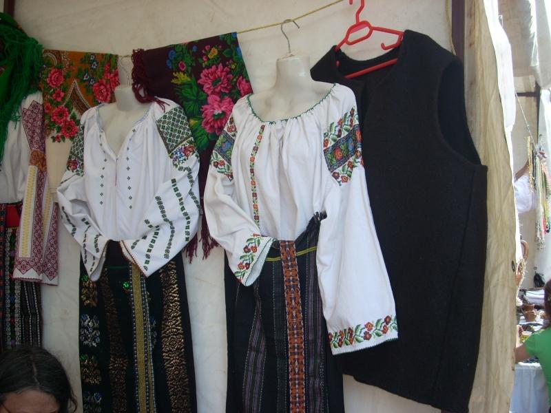 Târgul Meşterilor Populari-Ediția a XII-a,13–15 mai 2011 Targul38