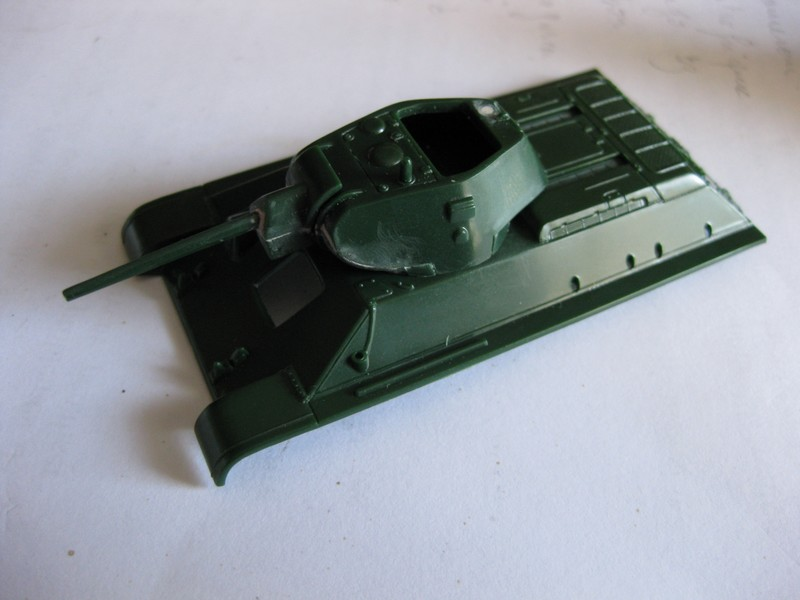T-34/76 Model 1940 [ Revell/Matchbox; 1/76 ]:FINI ! Photo116