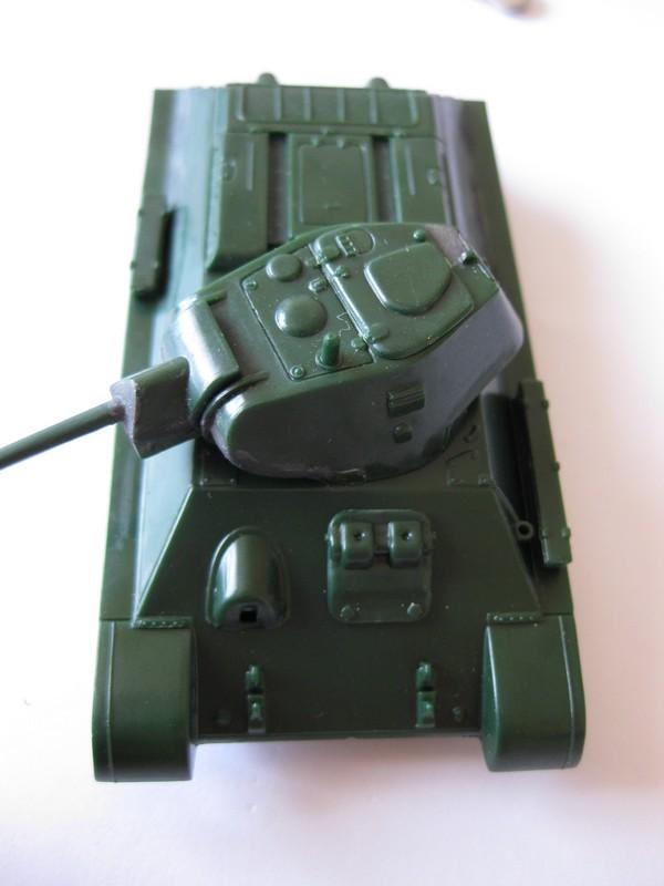 T-34/76 Model 1940 [ Revell/Matchbox; 1/76 ]:FINI ! Photo136