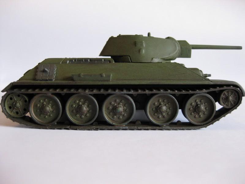 T-34/76 Model 1940 [ Revell/Matchbox; 1/76 ]:FINI ! - Page 2 Photo166