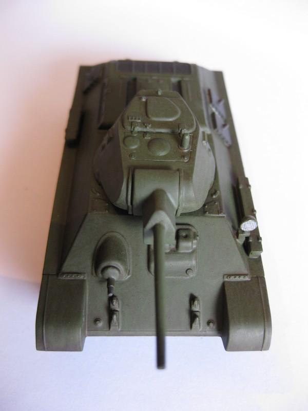 T-34/76 Model 1940 [ Revell/Matchbox; 1/76 ]:FINI ! - Page 2 Photo171