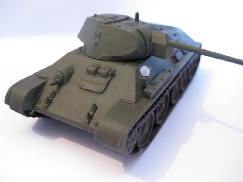 T-34/76 Model 1940 [ Revell/Matchbox; 1/76 ]:FINI ! - Page 2 Photo175