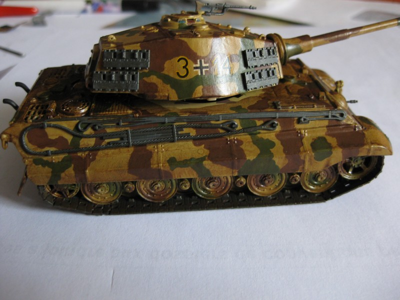 Tiger II Ausf. B Production Turret [Revell, 1/72 ]: FINI! (Ouf!) - Page 4 Photo242