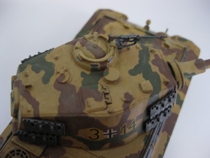 Tiger II Ausf. B Production Turret [Revell, 1/72 ]: FINI! (Ouf!) - Page 4 Photo253