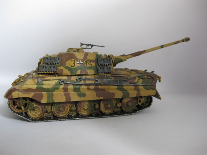 Tiger II Ausf. B Production Turret [Revell, 1/72 ]: FINI! (Ouf!) - Page 4 Photo255