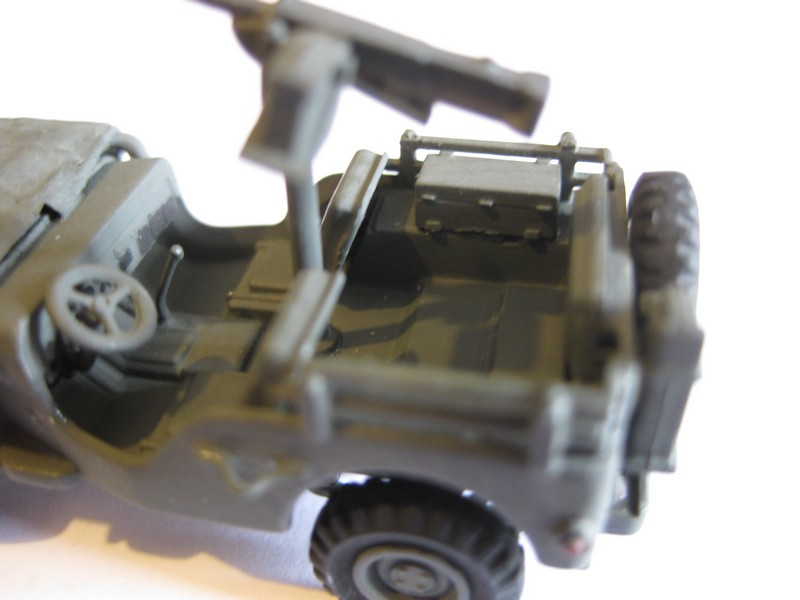 Jeep Willys M.B. [Academy, 1/72 ] FINI ! - Page 2 Photo275