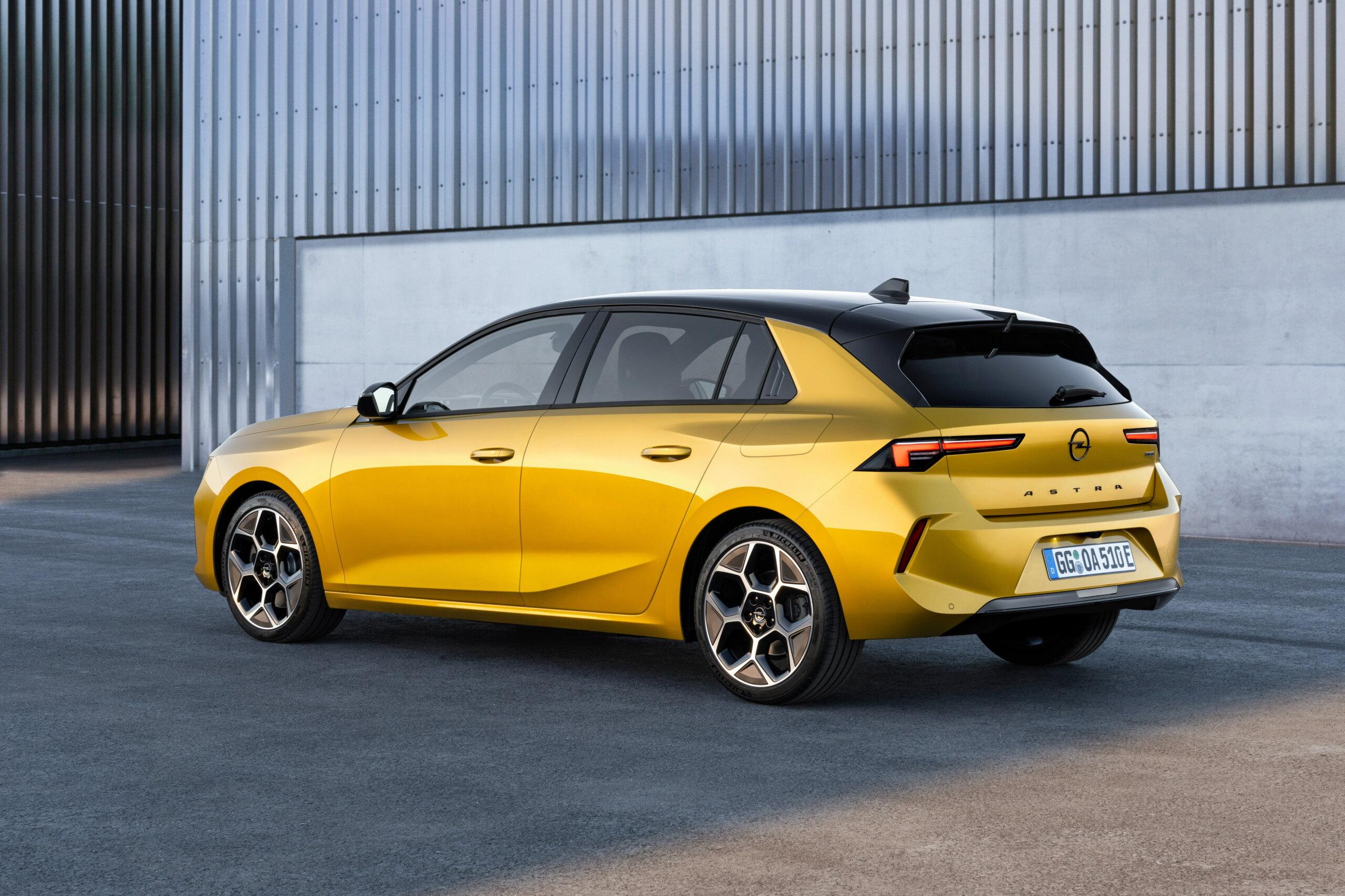 Fotos alta definición Opel Astra L  02-ope10