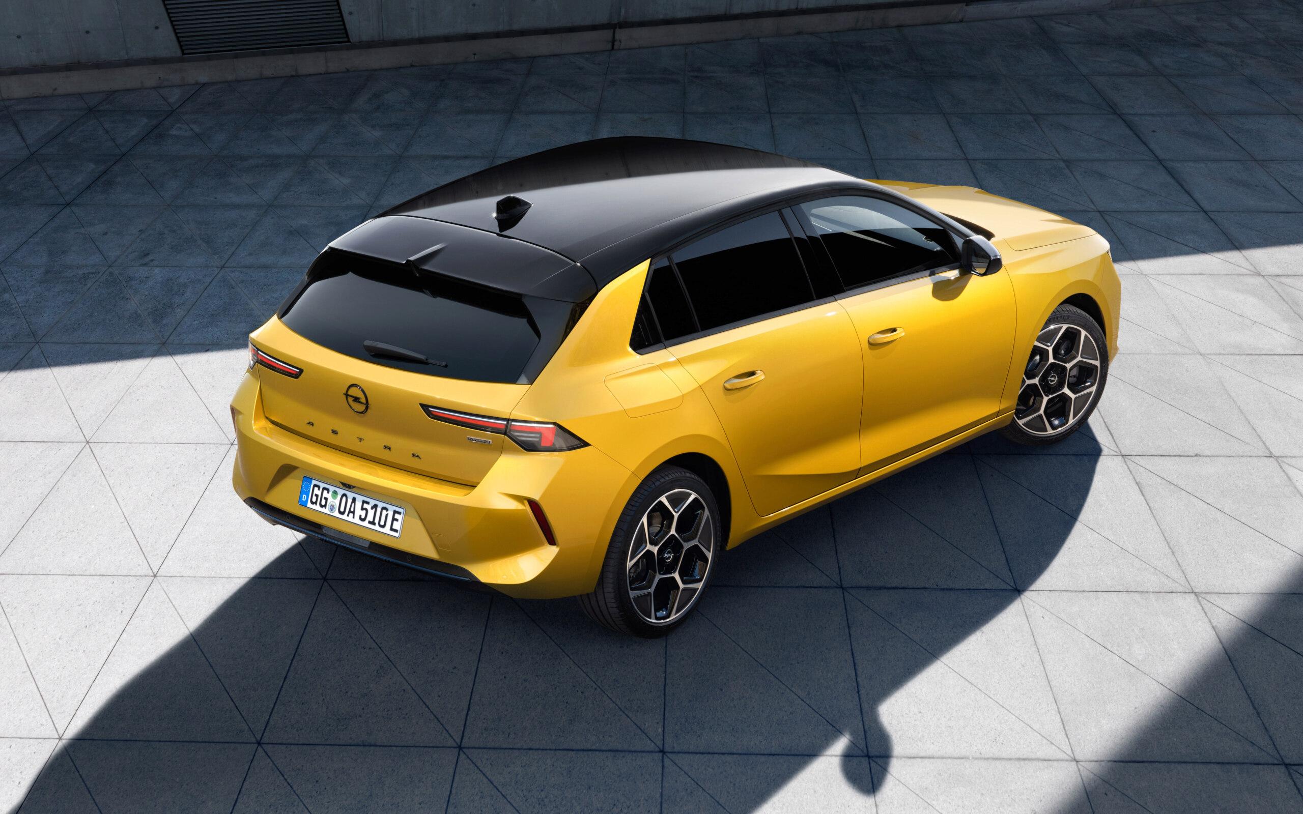 Fotos alta definición Opel Astra L  03-ope10