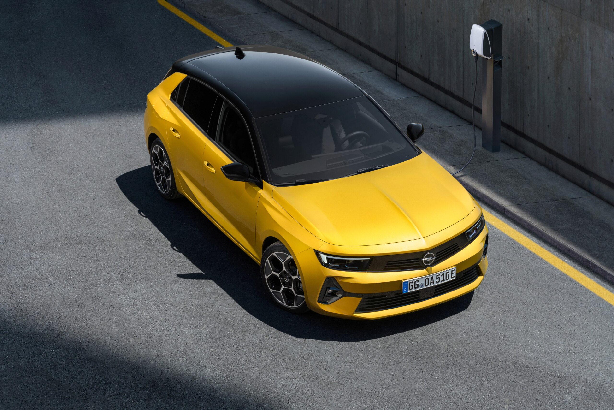 Fotos alta definición Opel Astra L  04-ope10