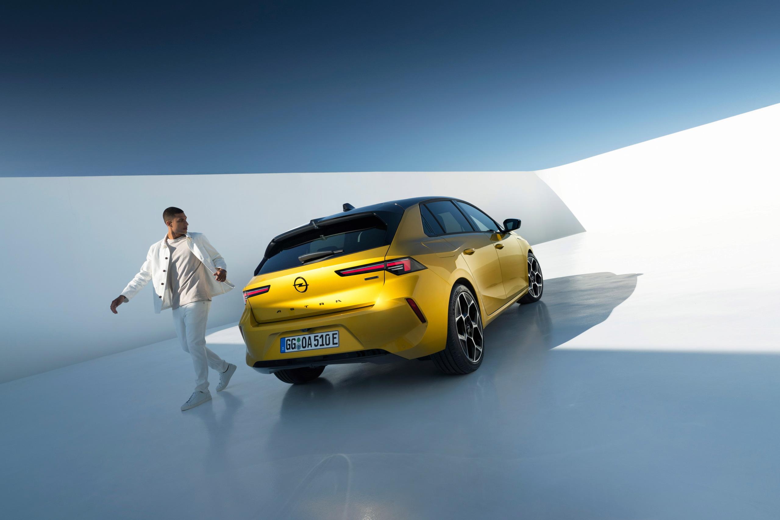 Fotos alta definición Opel Astra L  21-ope10