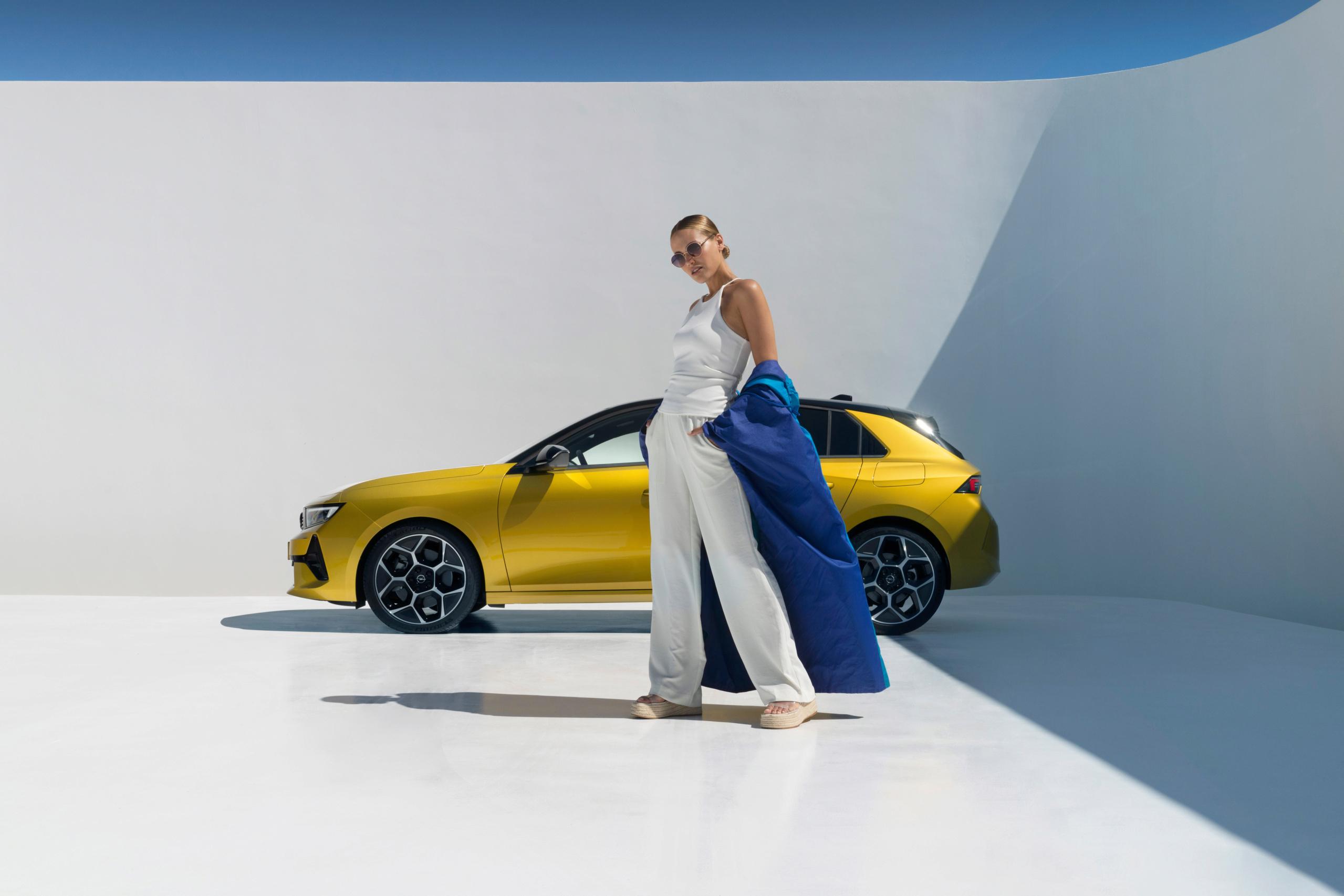 Fotos alta definición Opel Astra L  24-ope10