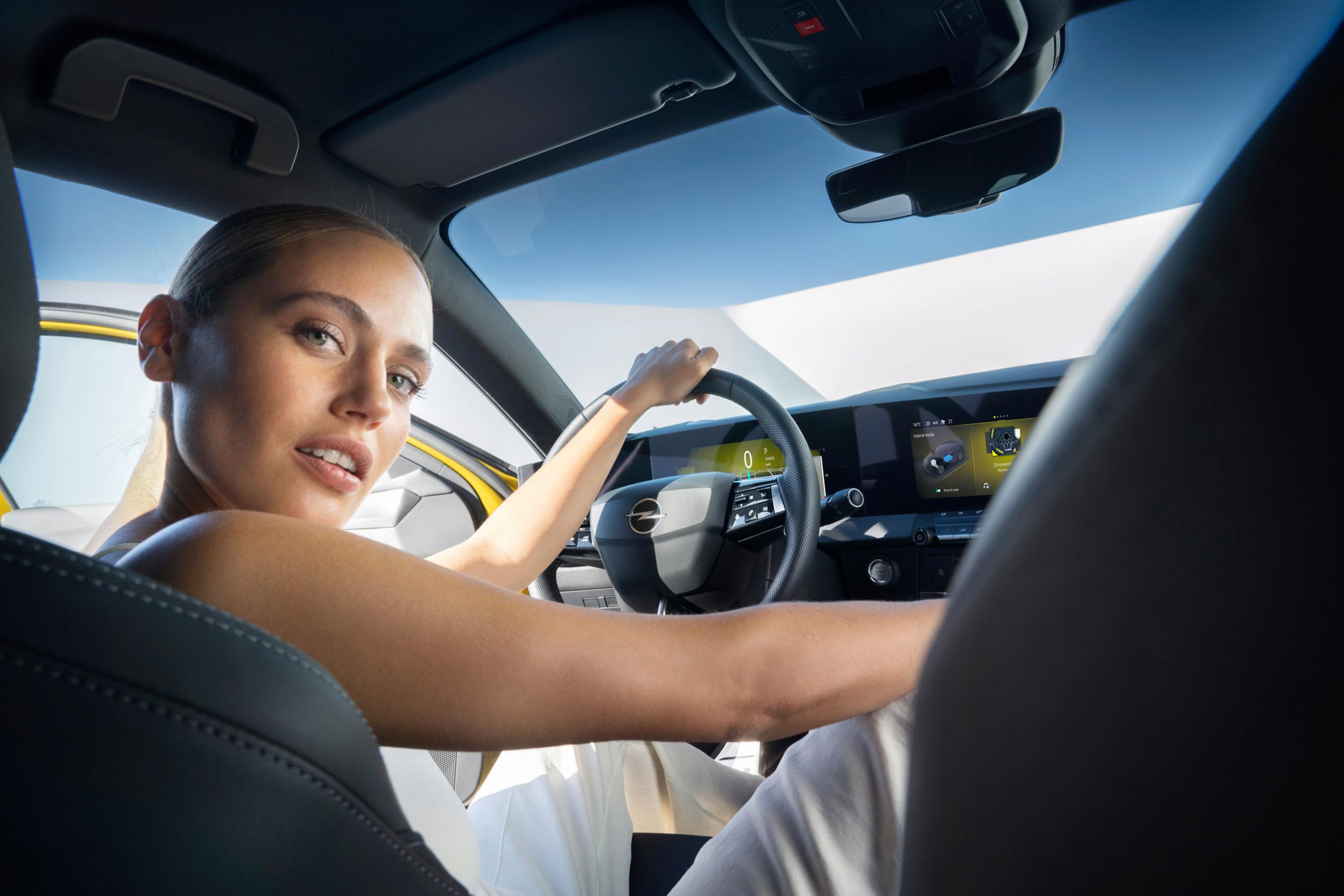 Fotos alta definición Opel Astra L  27-ope10