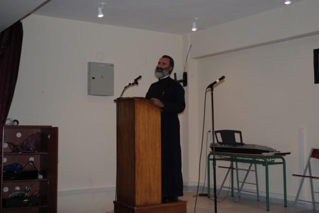 Εκδήλωση απο το Δημοτικό Σχολείο Κάμπου για τον Ελύτη. Dsc_0714