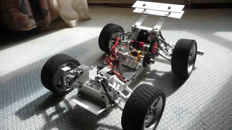 Un petit modèle réduit entièrement fait main Vue_ga11