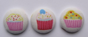 Fabric covered cupcake buttons Img_3710
