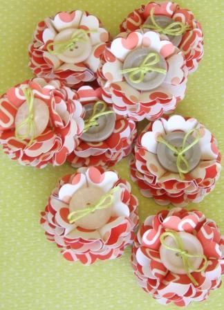 "October Themed Embellishment Swap - ""Oranges & Lemons"" - Page 6 Flower10"