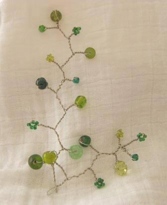 a little bit fANTsy - beaded vines Green_11