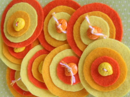 "October Themed Embellishment Swap - ""Oranges & Lemons"" - Page 6 Lollyp10"