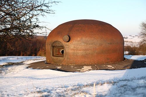 Les cloches blindées Maginot 44158210