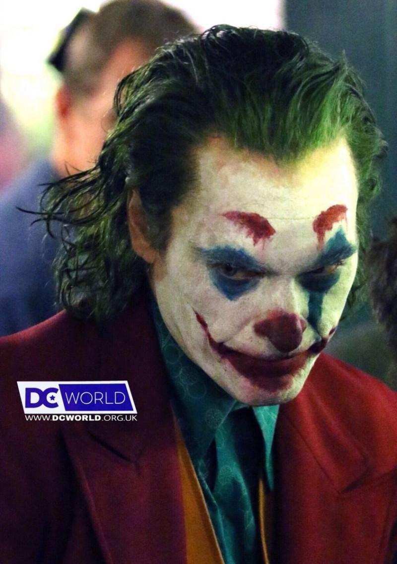 Joker (Origin Story) par Todd Philips produit par Scorcese (Elseworld) - Page 5 20180917