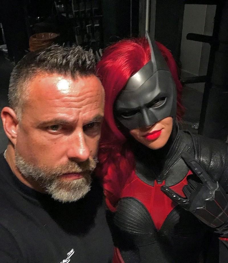 Batwoman ( Cw ) ? 20181046