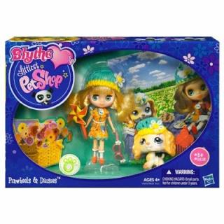 Petite Blythe & Littlest Pet Shop 90445c10