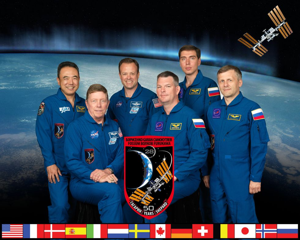 Expedition 28 Iss02811
