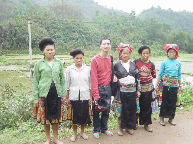 HMOOB CATHOLIC NYOB COB TSIB TEB (Hmong Catholic Vietnam) Dsc05010