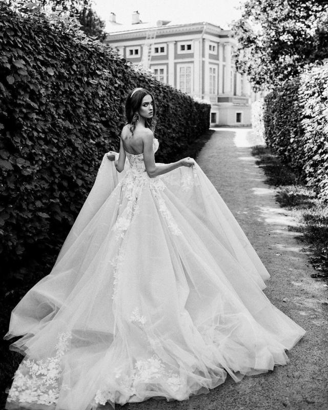 Robes de mariées - Page 11 Img_5511