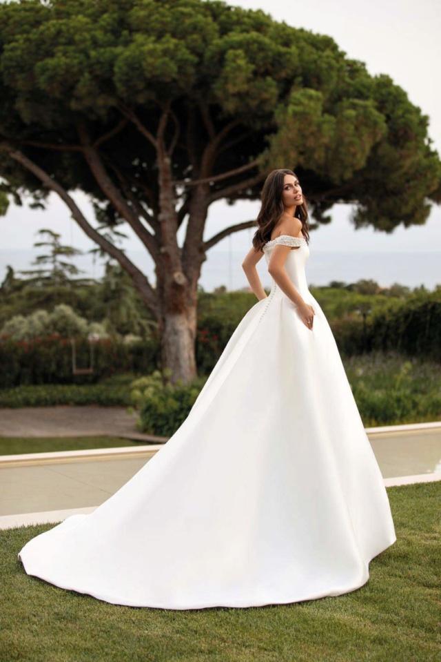 Robes de mariées - Page 11 Img_7413