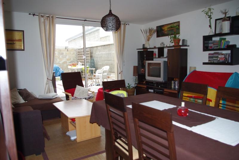Décoration pièce unique salon/cuisine Imgp7517