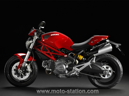 toutes les italiennes 2011 Ducati11