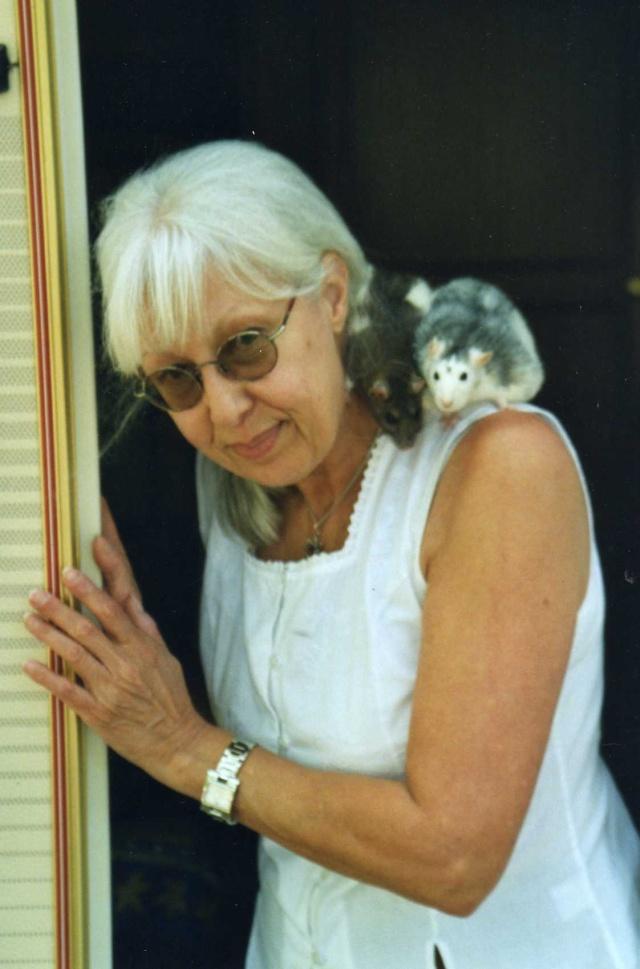 """Débat du mois de septembre : """"Sortir avec nos rats à l'extérieur ou pas? Cv_pra10"""