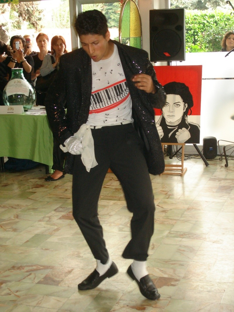 [RESOCONTO] Mostra a Milano dedicata a Michael Jackson - Pagina 12 Dsc00914