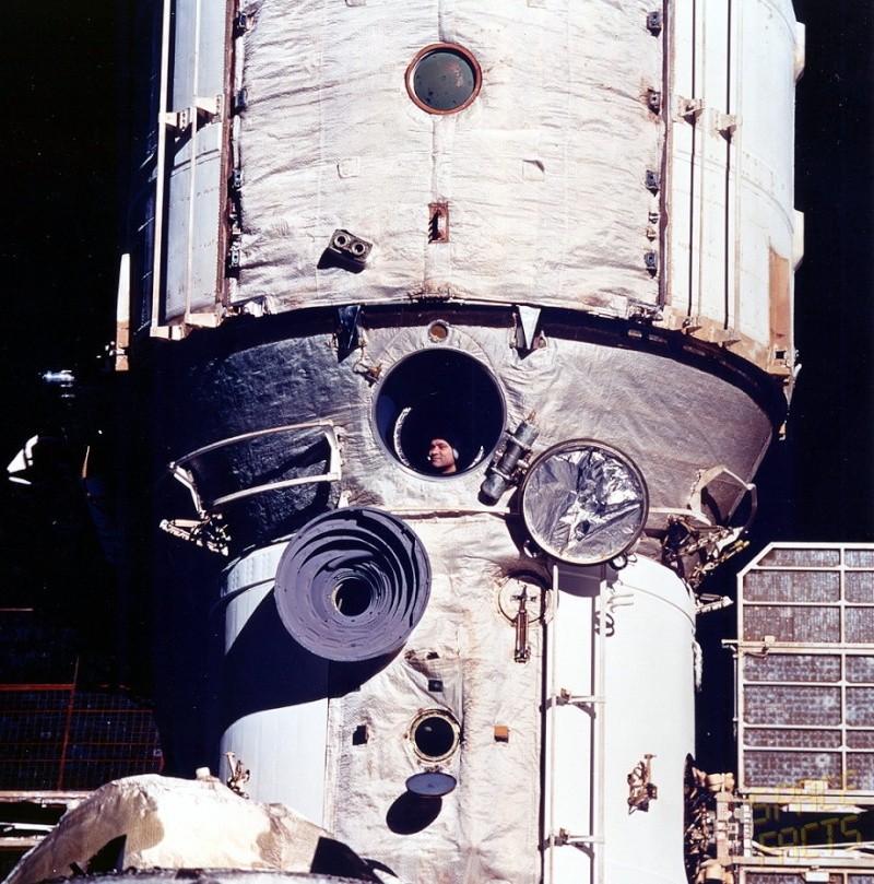[Vote] Photo du mois de novembre 2010 Soyuz-10