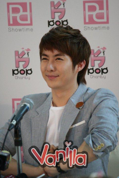 [photos] More Hyung Jun @Charity Concert Press Conference photos Ck110